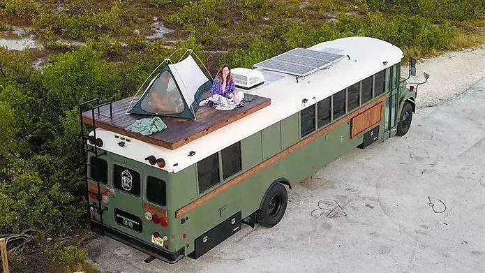 Они только с виду автобусы. Увидев, что внутри, вам тоже захочется в них жить