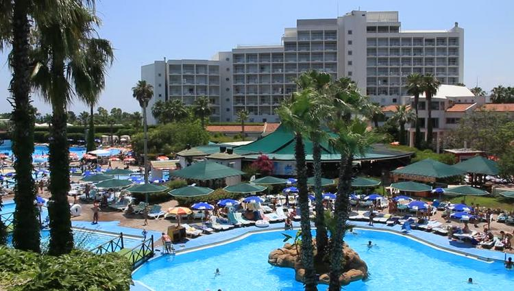 Кипр или Турция? Сравниваем отели и цены