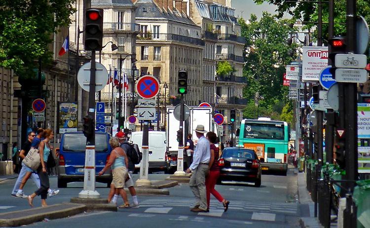 Что сильнее всего разочаровывает в Париже, и почему туристов все равно сюда тянет