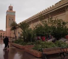 Мечеть возле могил мусульманских святых