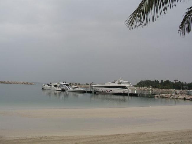 один из пляжей отеля
