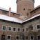 замок Решель, внутренний двор.