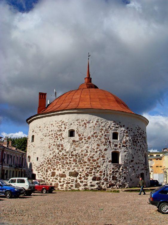 Знаменитая Круглая Башня
