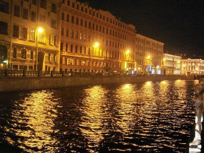 река Мойка вечером
