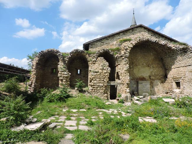 Мечети Бейбарса и Узбека.