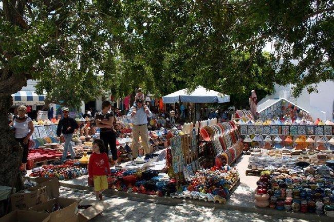 Рынок сувениров в Хумт Суке