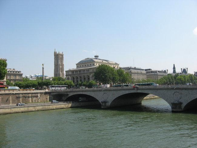 Мост через Сену
