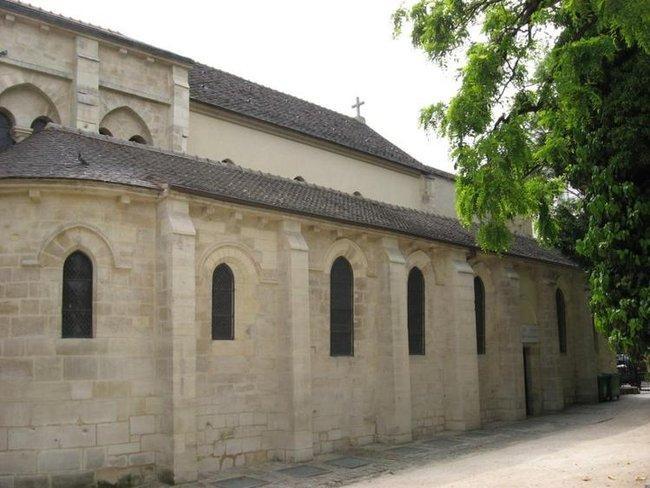 Самая старая церковь Парижа