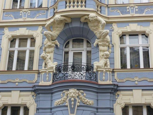 094 Винограды. Балкон