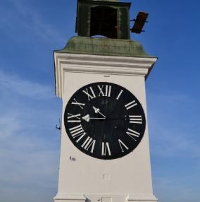 Часы на Петроварадинской крепости