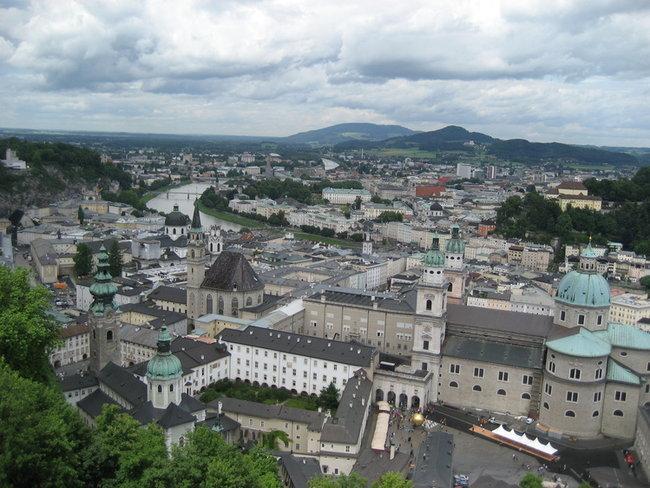 Зальцбург,  вид из крепости.