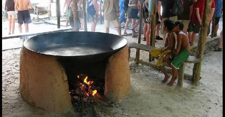 В индейской деревне