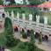 100-колонный двор замка