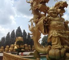 Скульптуры в Парке развлечений