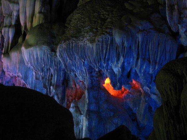 Пещера VINH
