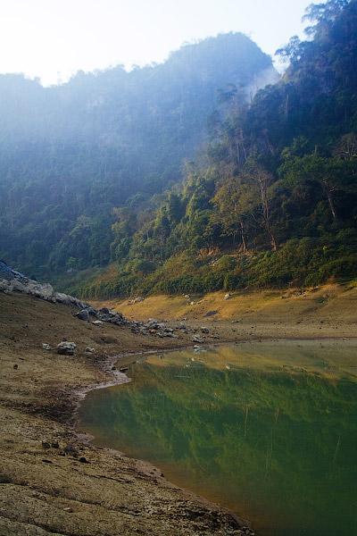 озеро Тан Хен