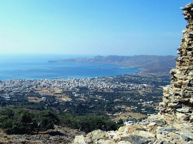 Вид из крепости на город и залив
