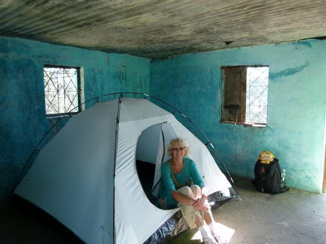 Палатка в комнате. Утепляемся.