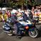 перед началом торжественный выезд местной полиции