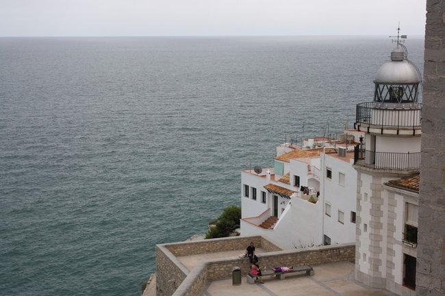 Вид на маяк в крепости.