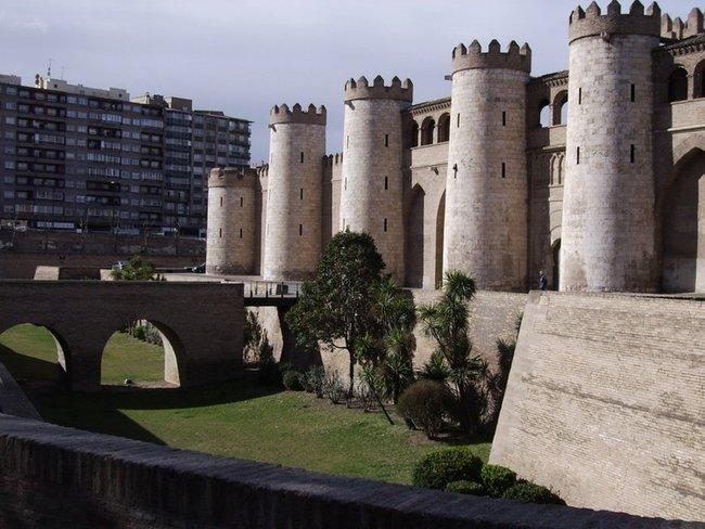 Сарагоса. Замок Al Jaferia.