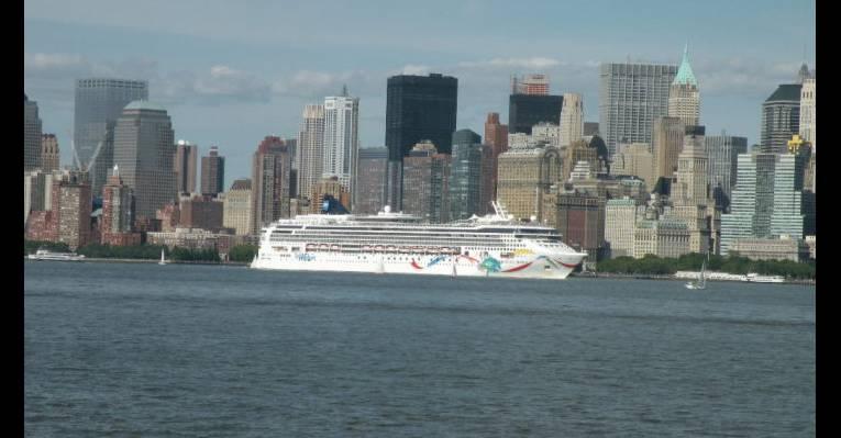 Вид на Нью-Йорк, открывающийся с острова