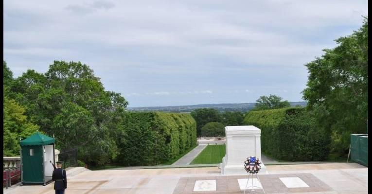 Могила неизвестного солдата на Арлингтонском Национальном кладбище