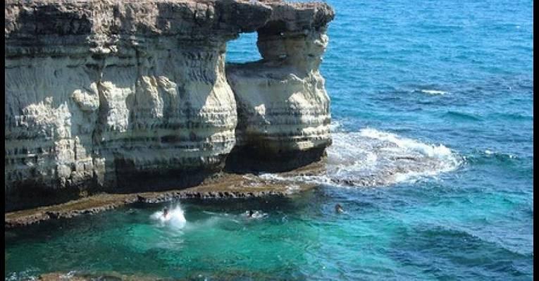 Морские пещеры-гроты