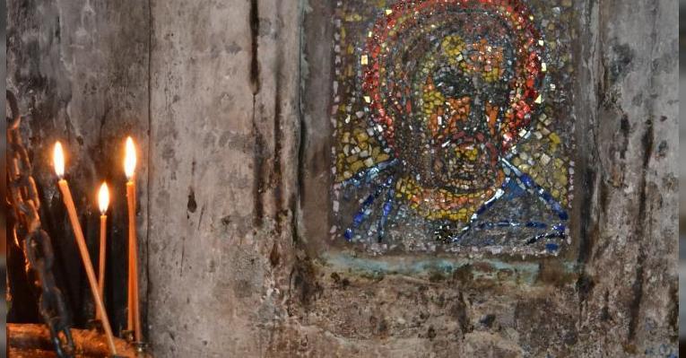 икона, выложенная мозаикой