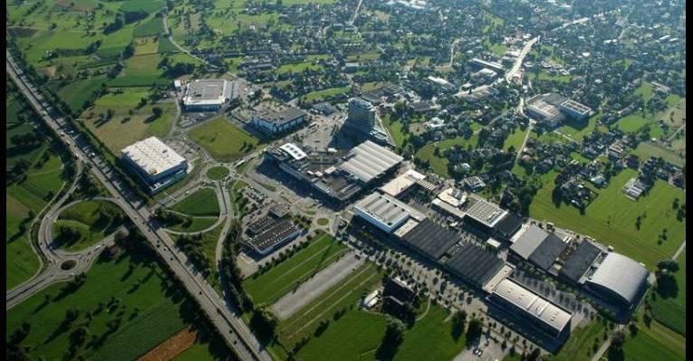 Торговый центр Einkaufszentrum Messepark