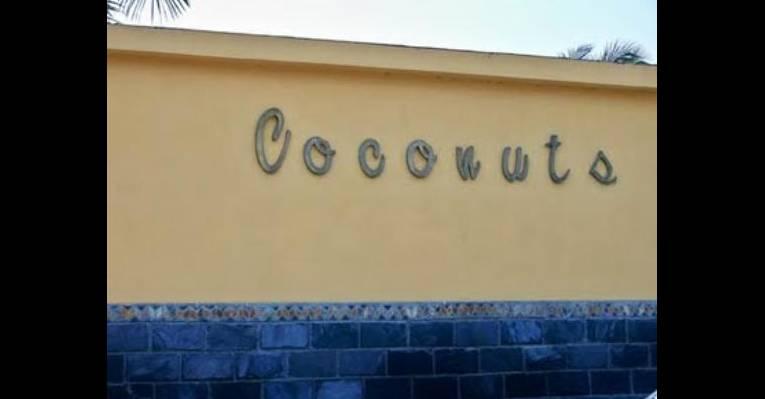 Снимок Coconuts, Луанда