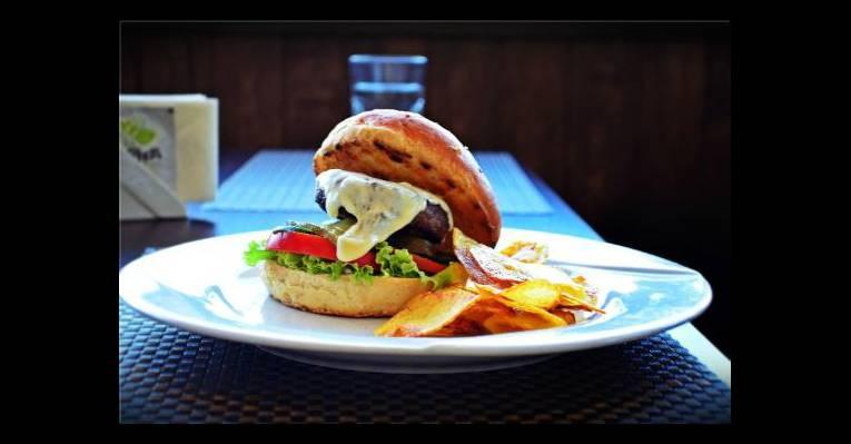 Мясной гамбургер