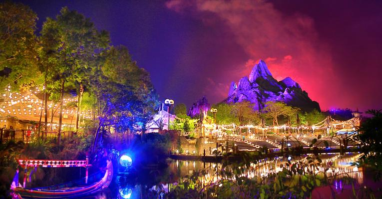 the theme park disneys animal kingdom in the world