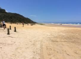 Noosa 2 Fraser 4WD Beach Hire