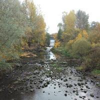 Мост-плотина с водоспуском на реке Стрелке
