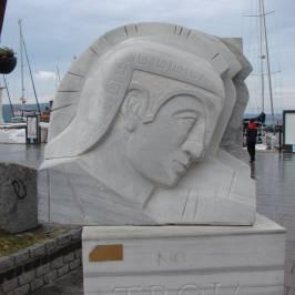 Canakkale Truva Heykeli