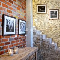 Gallery Varga
