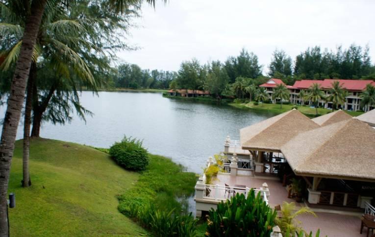 Добавить отзыв об отеле laguna beach resort