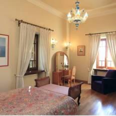 Montofoli Estate Villas