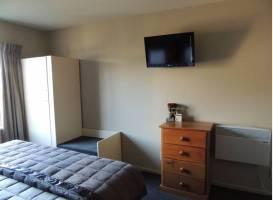 Radfords Lakeview Motel