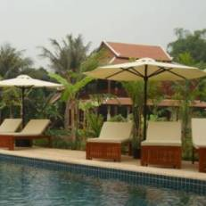 Maisons Wat Kor