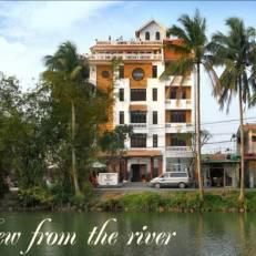 Aurora Riverside Hotel