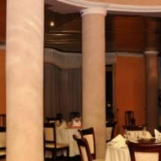 De Leopol Hotel