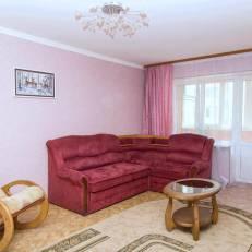 Cosy Apartment on Esenina 12a