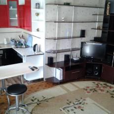 Apartment Karelskaya 75