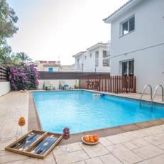 Pernera Holiday Villa