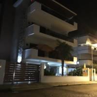 Aqua Mare Luxury Apartments