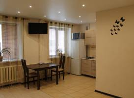 Apartment Krestyianskaya 35