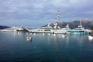 Черногория утвердила новые ставки турсбора для владельцев яхт