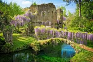 Италия: Сад Нимфы откроется на Пасху